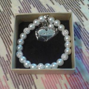 NIB L Parkin Flower Girl Silver & Pearl Bracelet